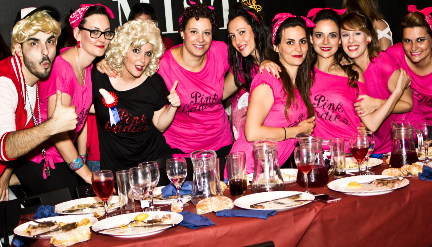 Chicas en una despedida en Madrid